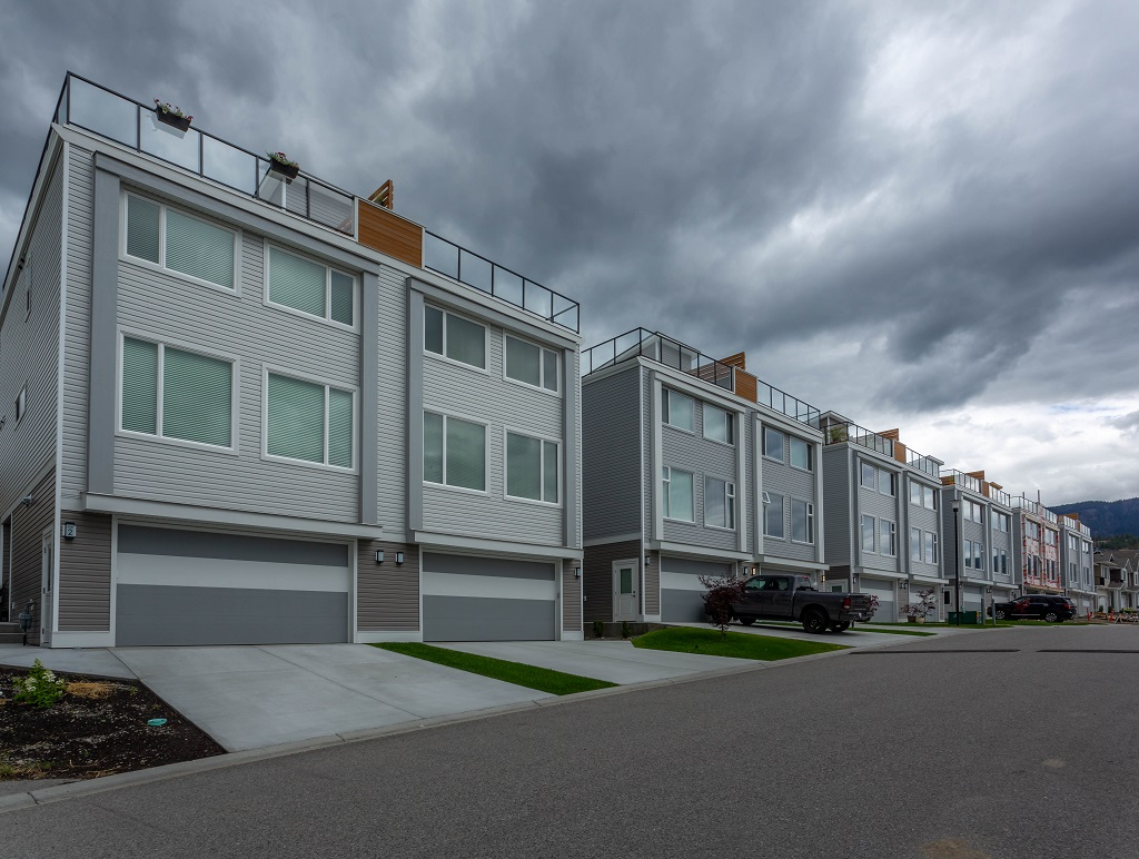 2-2059 Elkridge, Westbank, British Columbia  V4T 3K - Photo 1 - 10162957